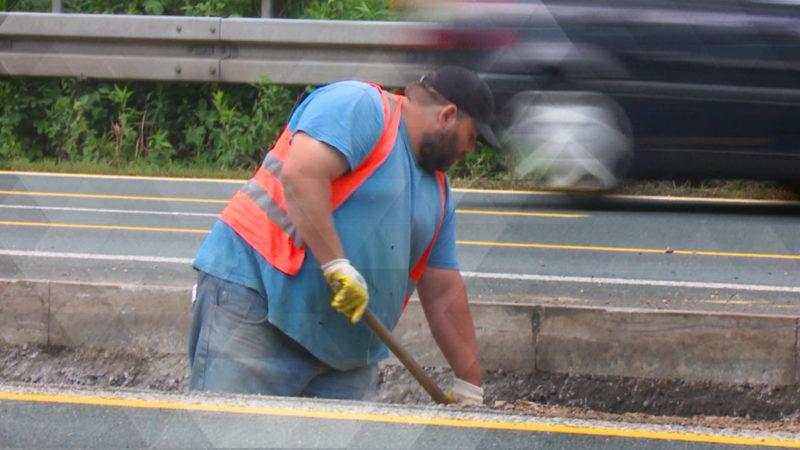 So gefährlich leben Straßenwärter (Foto: SAT.1 NRW)