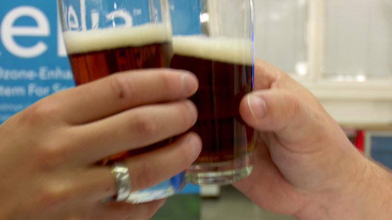 Bier aus Abwasser (Foto: SAT.1 NRW)