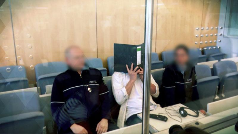 Mutmaßliche Rizinbomber vor Gericht (Foto: SAT.1 NRW)