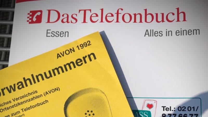 ÄRGER UM TELEFONBÜCHER (Foto: SAT.1 NRW)