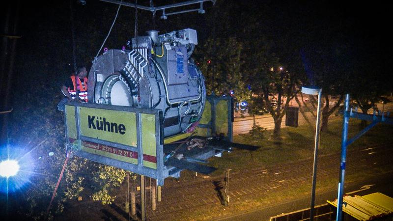 Lieferung eines MRT (Foto: SAT.1 NRW)