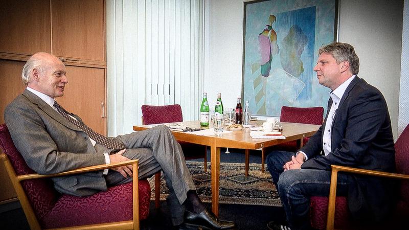 Gespräch mit Krupp-Erbe (Foto: SAT.1 NRW)