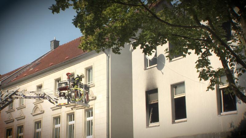 Kinder bei Feuer verletzt (Foto: SAT.1 NRW)