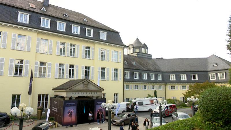 Hotel auf dem Petersberg wird wiedereröffnet (Foto: SAT.1 NRW)