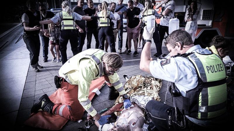 Kampagne für Polizeirespekt (Foto: SAT.1 NRW)