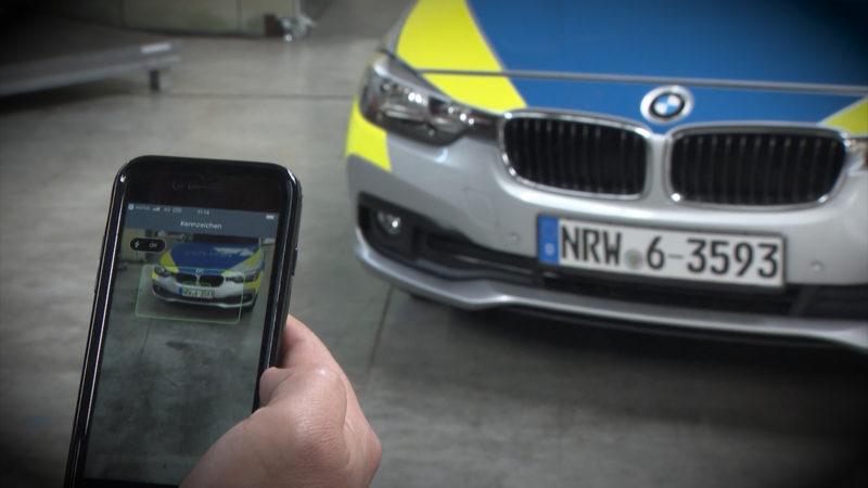 Smartphones für die Polizei (Foto: SAT.1 NRW)