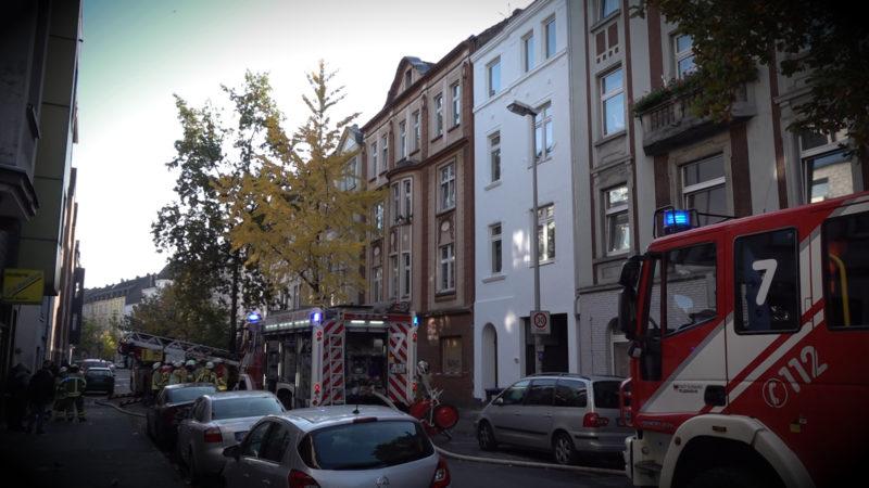 Wohnung brennt - Anwohner vermisst (Foto: SAT.1 NRW)