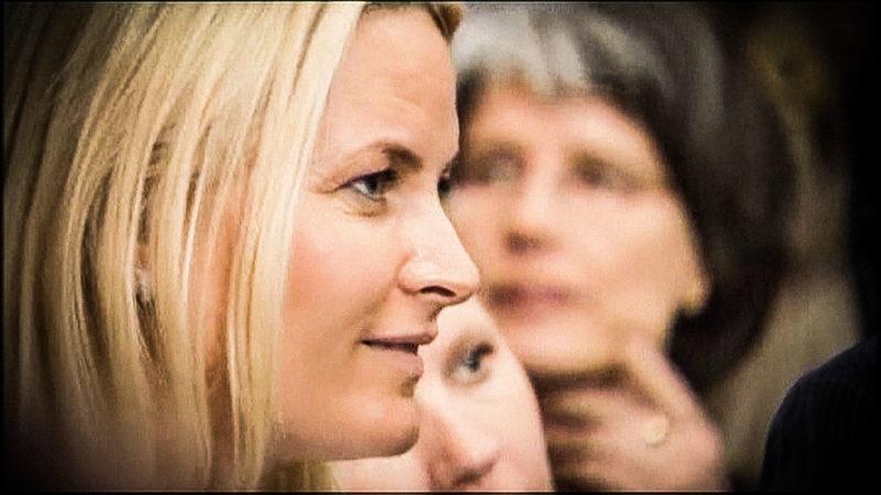 Norwegische Prinzessin Mette Marit in Düsseldorf (Foto: SAT.1 NRW)