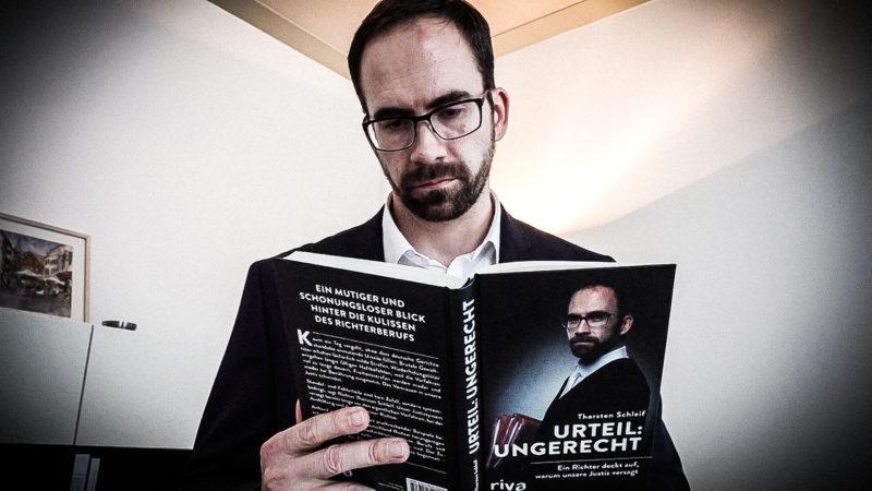 Richter veröffentlicht Buch (Foto: SAT.1 NRW)