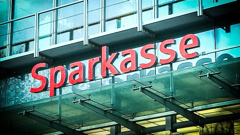 Sparkasse kündigt tausende Sparverträge: So wehren Sie sich! (Foto: SAT.1 NRW)