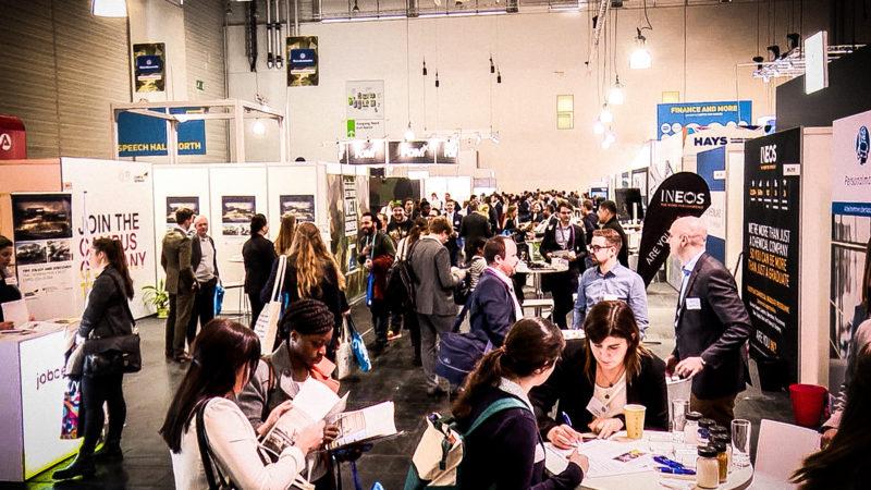15.000 Jobs auf Messe (Foto: SAT.1 NRW)