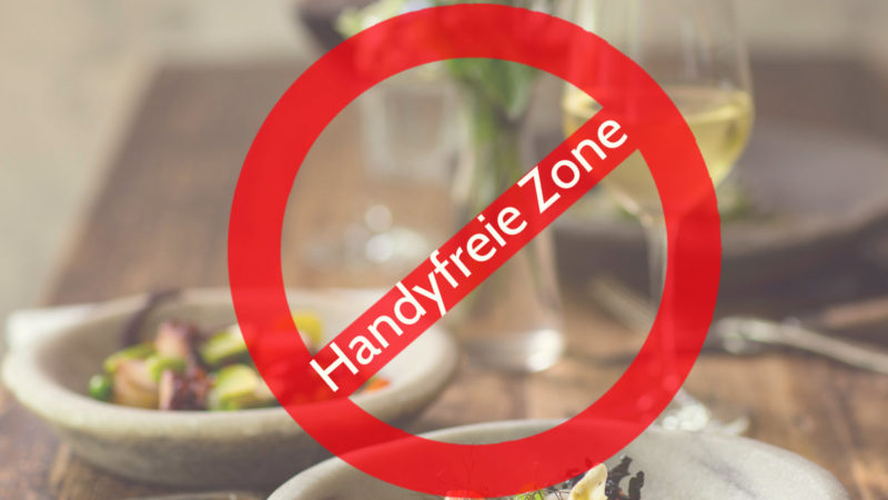 Restaurant verbietet Handys (Foto: SAT.1 NRW)