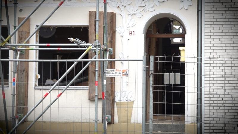 Haus explodiert (Foto: SAT.1 NRW)