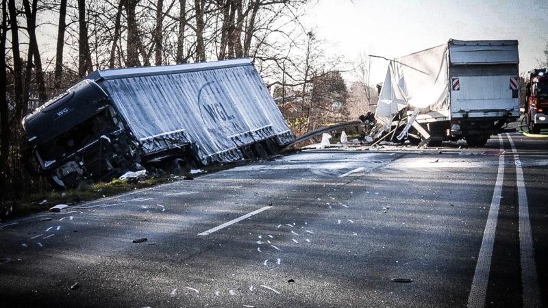 Wieder Tote bei LKW Unfall (Foto: SAT.1 NRW)