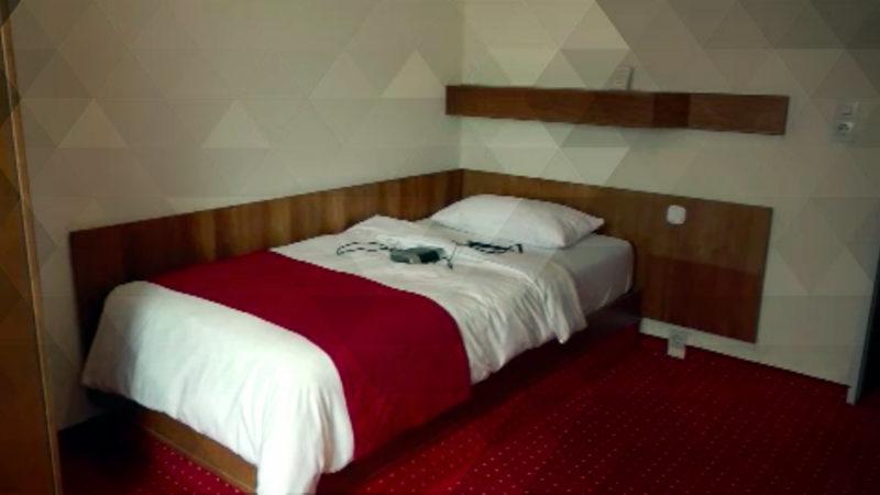 Hotel verschenkt Betten (Foto: SAT.1 NRW)