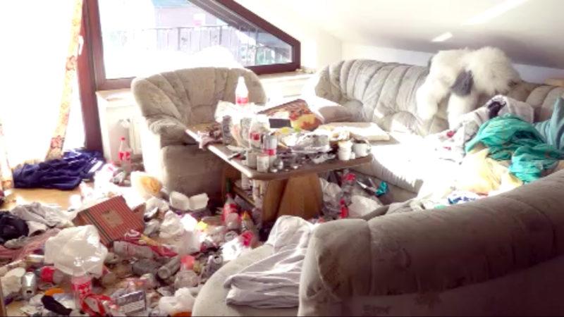 Frau hinterlässt Messi-Wohnung (Foto: SAT.1 NRW)