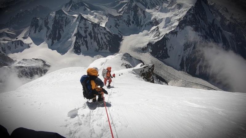 Frau alleine in der Antarktis unterwegs (Foto: SAT.1 NRW)