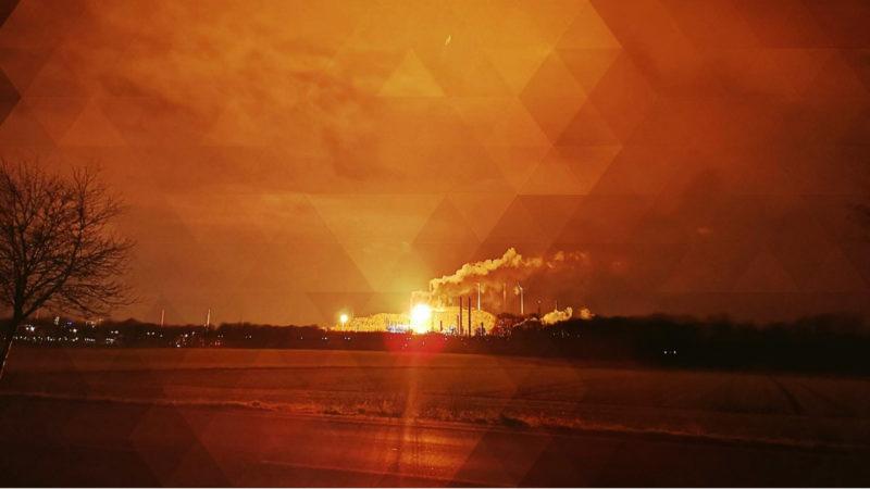 Feuerschein über dem Ruhrgebiet (Foto: SAT.1 NRW)