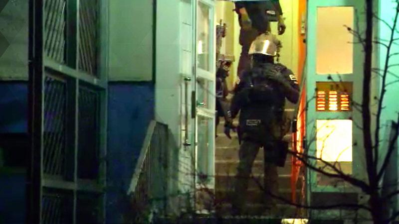 Razzia gegen verdächtige Tschetschenen (Foto: SAT.1 NRW)