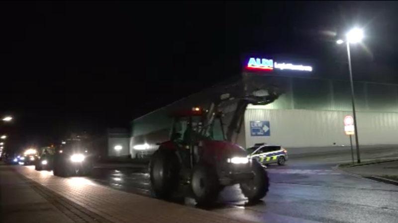 Landwirte protestieren gegen Milchpreise (Foto: SAT.1 NRW)