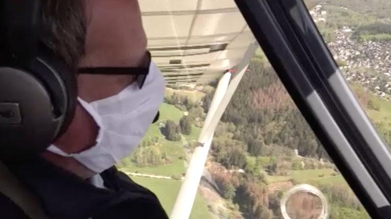 Waldbrand-Kontrolle aus der Luft (Foto: SAT.1 NRW)