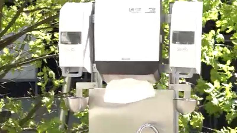 Mobile Hygienestationen für Schulen (Foto: SAT.1 NRW)