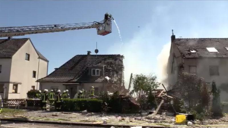Haus in Köln explodiert (Foto: SAT.1 NRW)