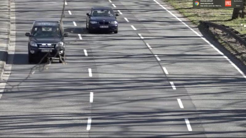 Illegales Autorennen (Foto: SAT.1 NRW)