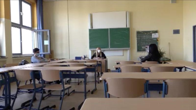 Eltern klagen gegen Heimunterricht (Foto: SAT.1 NRW)