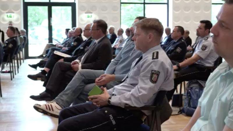 NRW stellt 50 Extremismusbeauftragte ein (Foto: SAT.1 NRW)