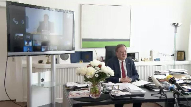 Armin Laschet in Online-Konferenz mit Mark Rutte (Foto: SAT.1 NRW)