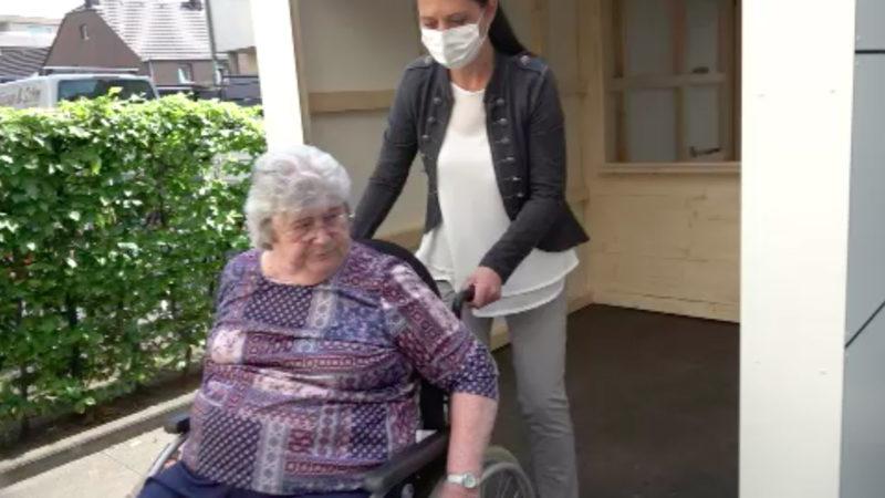 Seniorenheime bereiten Muttertag vor (Foto: SAT.1 NRW)