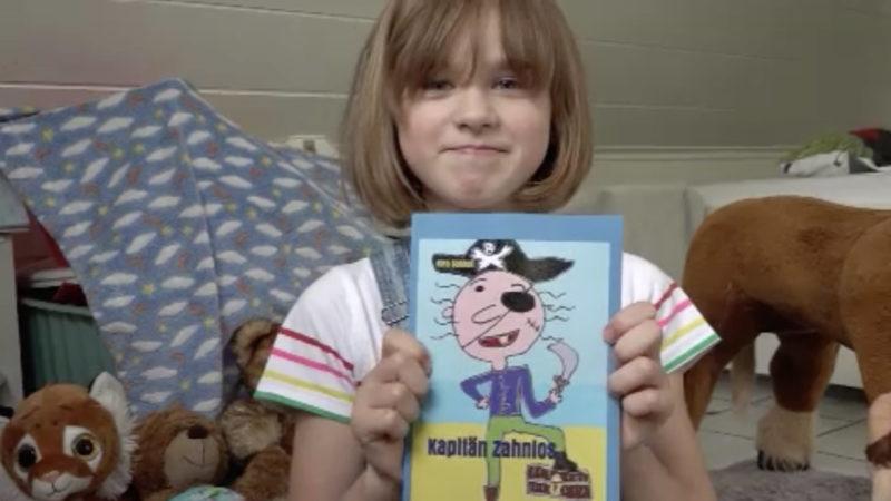 8-Jährige schreibt Buch (Foto: SAT.1 NRW)
