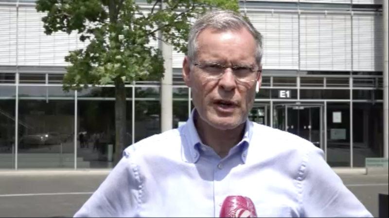 Interview mit Landrat (Foto: SAT.1 NRW)