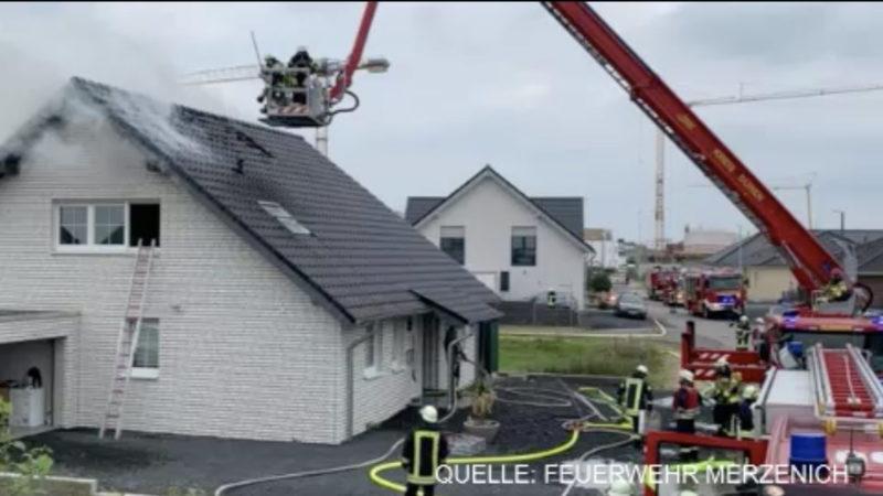 Unbekannter dreht Feuerwehr das Wasser ab (Foto: SAT.1 NRW)