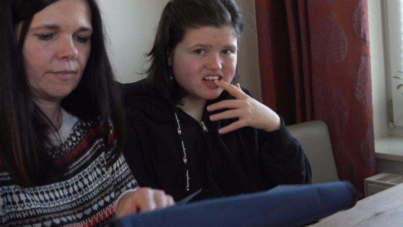 14 Jährige leidet am Rett-Syndrom (Foto: SAT.1 NRW)