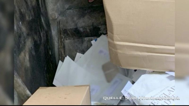 Über 600 Wahlbenachrichtigungen in Müll geworfen (Foto: SAT.1 NRW)