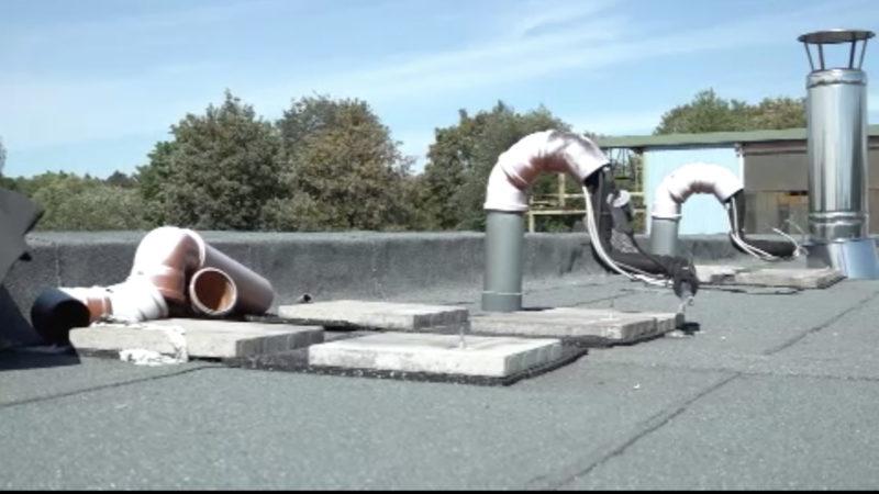 Klimaanlagen von Dach gestohlen (Foto: SAT.1 NRW)
