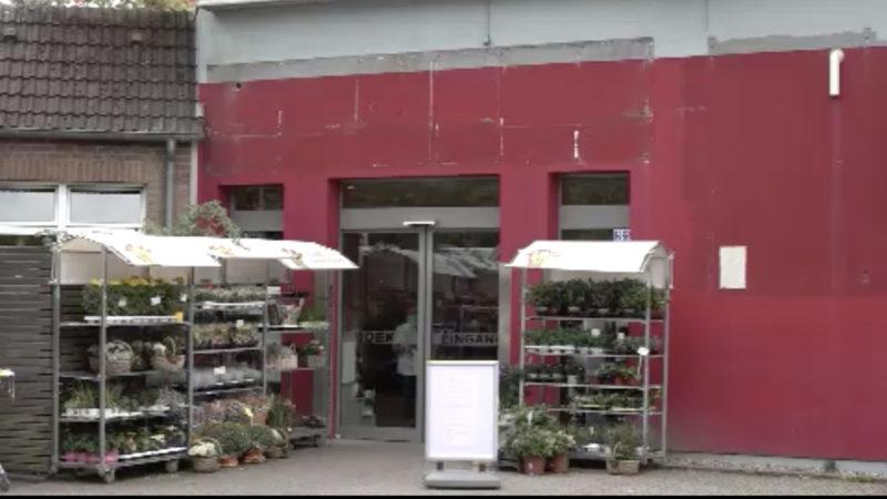 Supermarkt erteilt Hausverbot an Schüler (Foto: SAT.1 NRW)