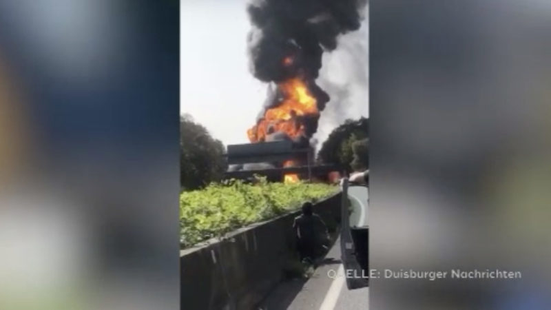 A40 durch Brand gesperrt (Foto: SAT.1 NRW)