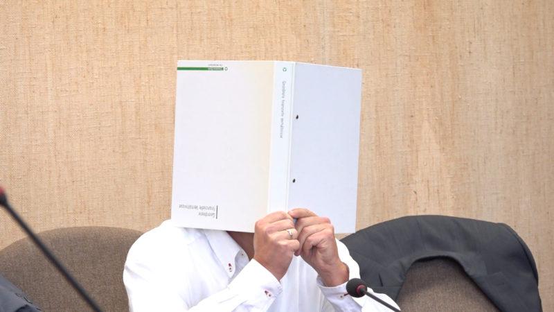 Urologe vor Gericht (Foto: SAT.1 NRW)