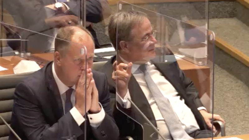 Corona-Diskussion im Landtag (Foto: SAT.1 NRW)