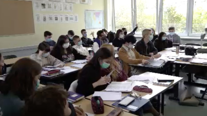 100 Lehrer schreiben Brief an Schulministerin (Foto: SAT.1 NRW)