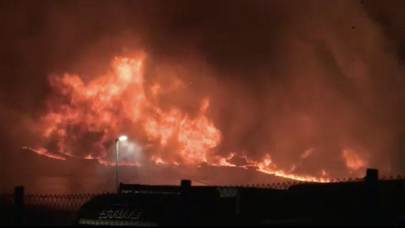 Lagerhalle in Köln abgebrannt (Foto: SAT.1 NRW)