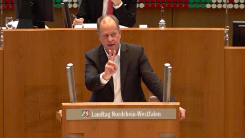 Corona-Zoff im Landtag (Foto: SAT.1 NRW)