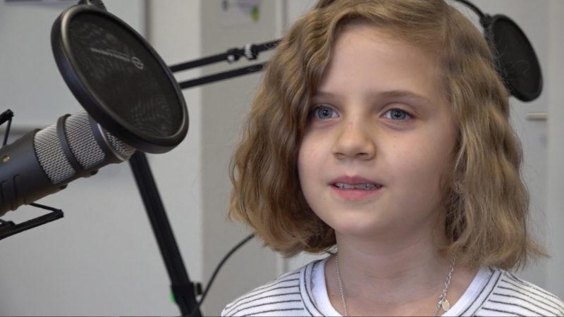 Kinder produzieren Radiosendung (Foto: SAT.1 NRW)