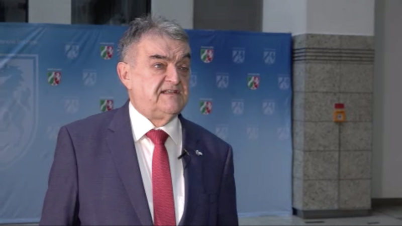 Interview mit Innenminister Herbert Reul über Kindesmissbrauch in NRW (Foto: SAT.1 NRW)