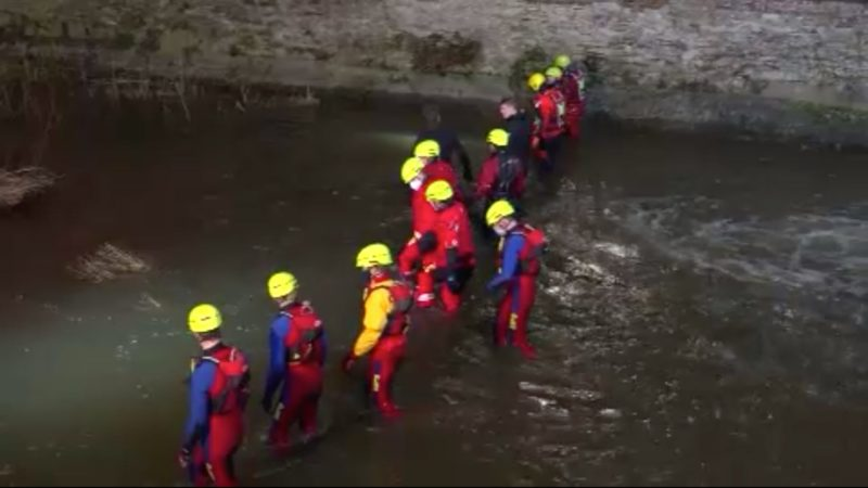 Fehlalarm: Lebensgefahr im Fluss (Foto: SAT.1 NRW)