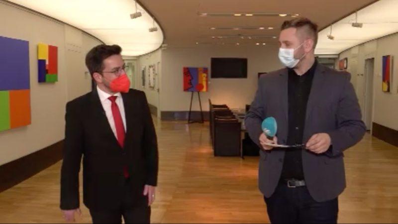 Im Interview: SPD Fraktionschef Kutschaty (Foto: SAT.1 NRW)