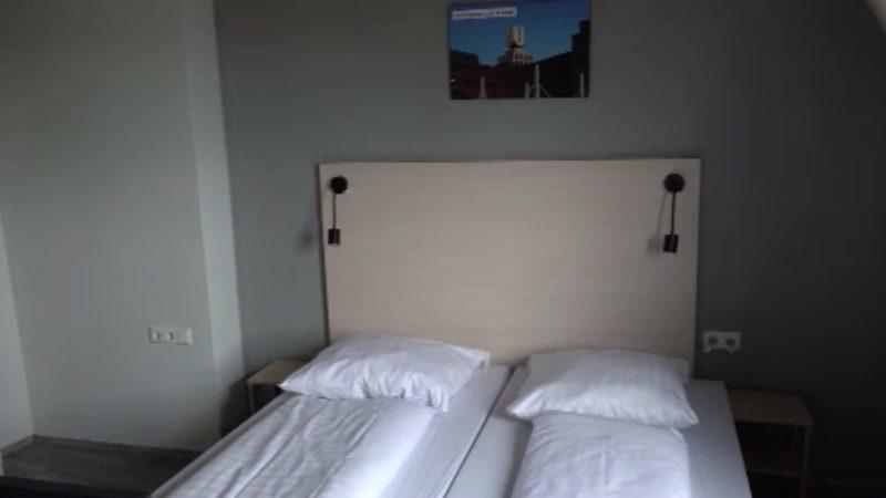 Hotelzimmer für Obdachlose (Foto: SAT.1 NRW)